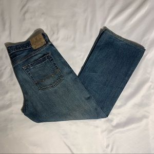 American Eagle boot cut jeans!!